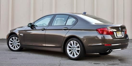 مشخصات BMW 528i 2015